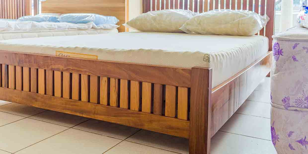 Frame Wooden Bed Latex Foam